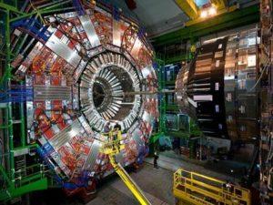 ジョンタイター、CERN、大型ハドロン衝突型加速器、LHC加速器
