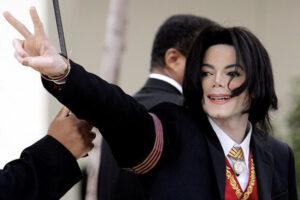 マイケルジャクソン、死因、生きてる、陰謀論